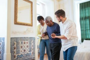 choosing between assisted living or memory care